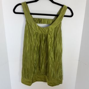 BCX green accordion sleeveless top.large